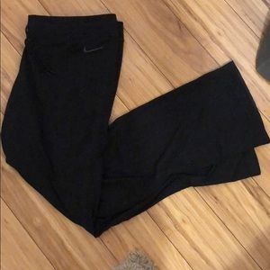 Nike yoga/workout long pants